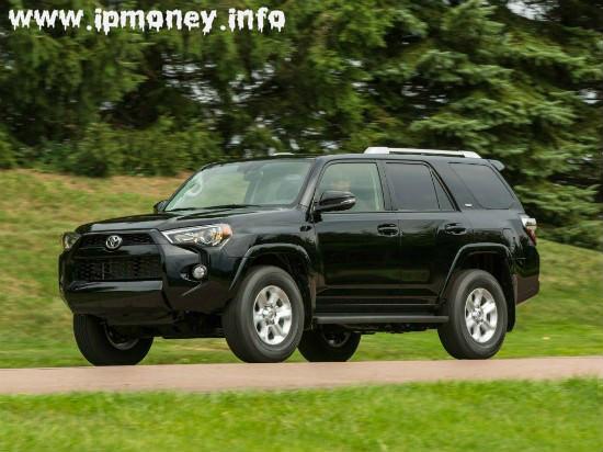 Toyota 4Runner в черном цвете