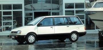 Mitsubishi Space Wagon I Компактвэн 1984—1991