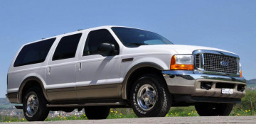 Ford Excursion 1999—2005